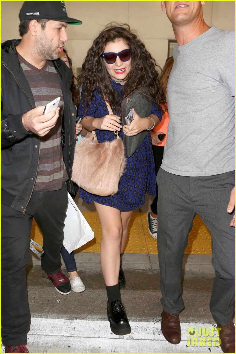 lorde arrives in town for grammy awards 2014 193038488