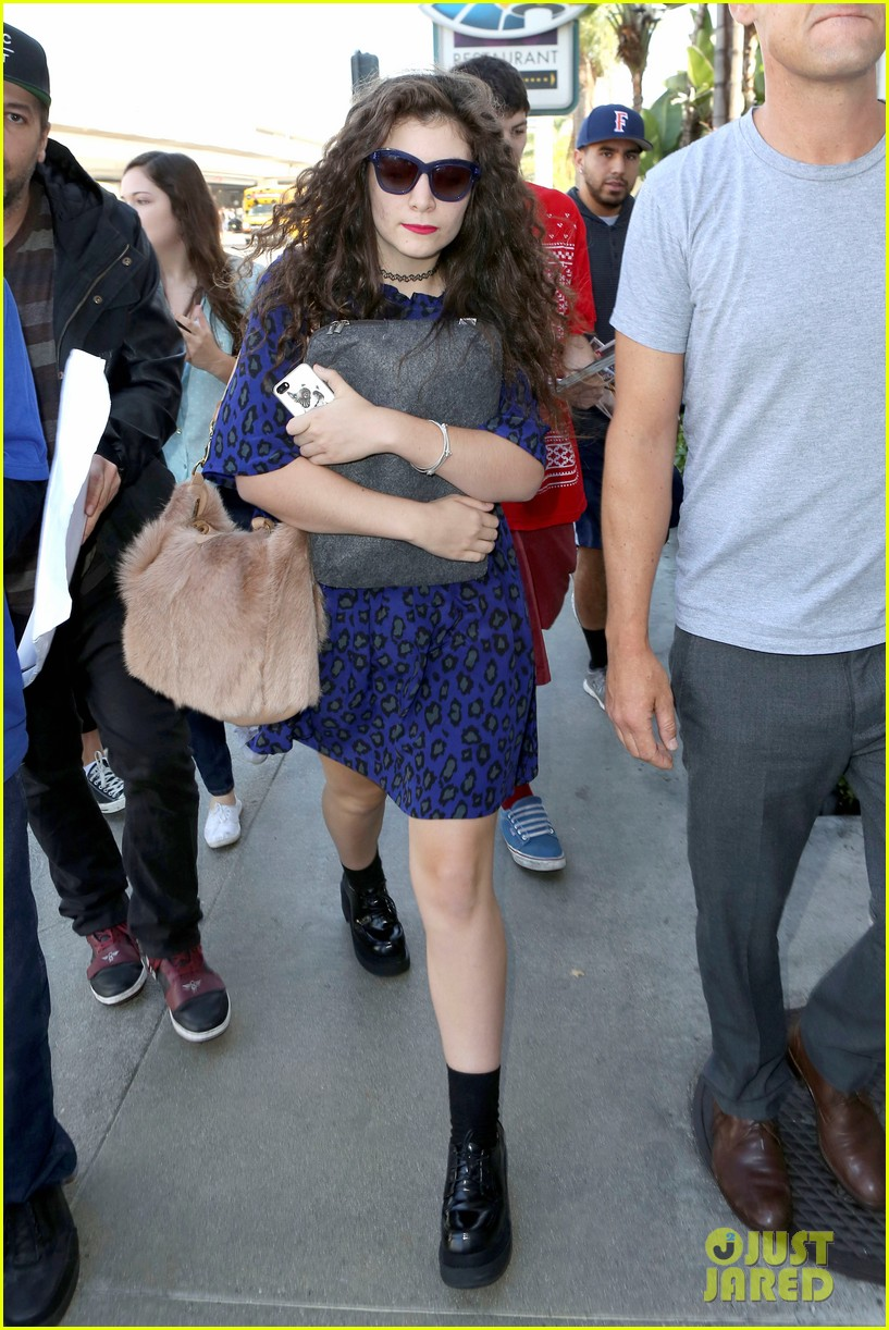 lorde arrives in town for grammy awards 2014 223038491