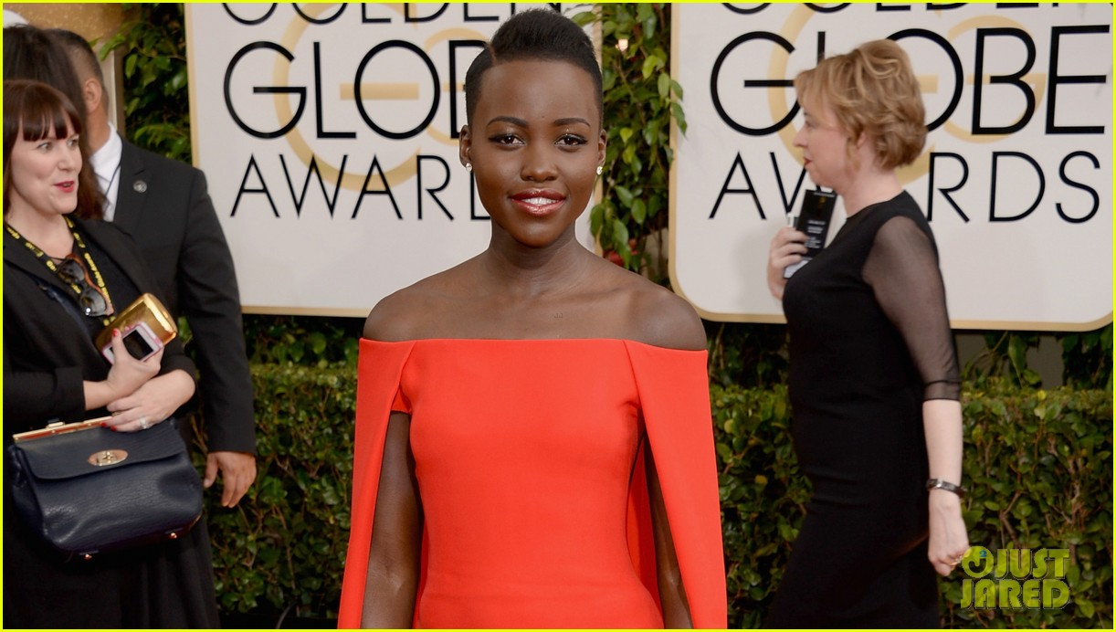 lupita nyongo golden globes 2014 red carpet 053029123