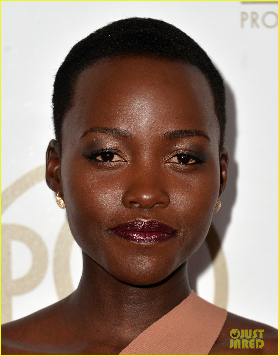 lupita nyongo producers guild awards 2014 red carpet 053035825