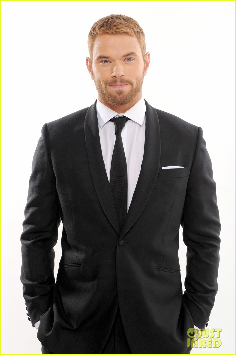kellan lutz critics choice awards 2014 with nia long 043033110