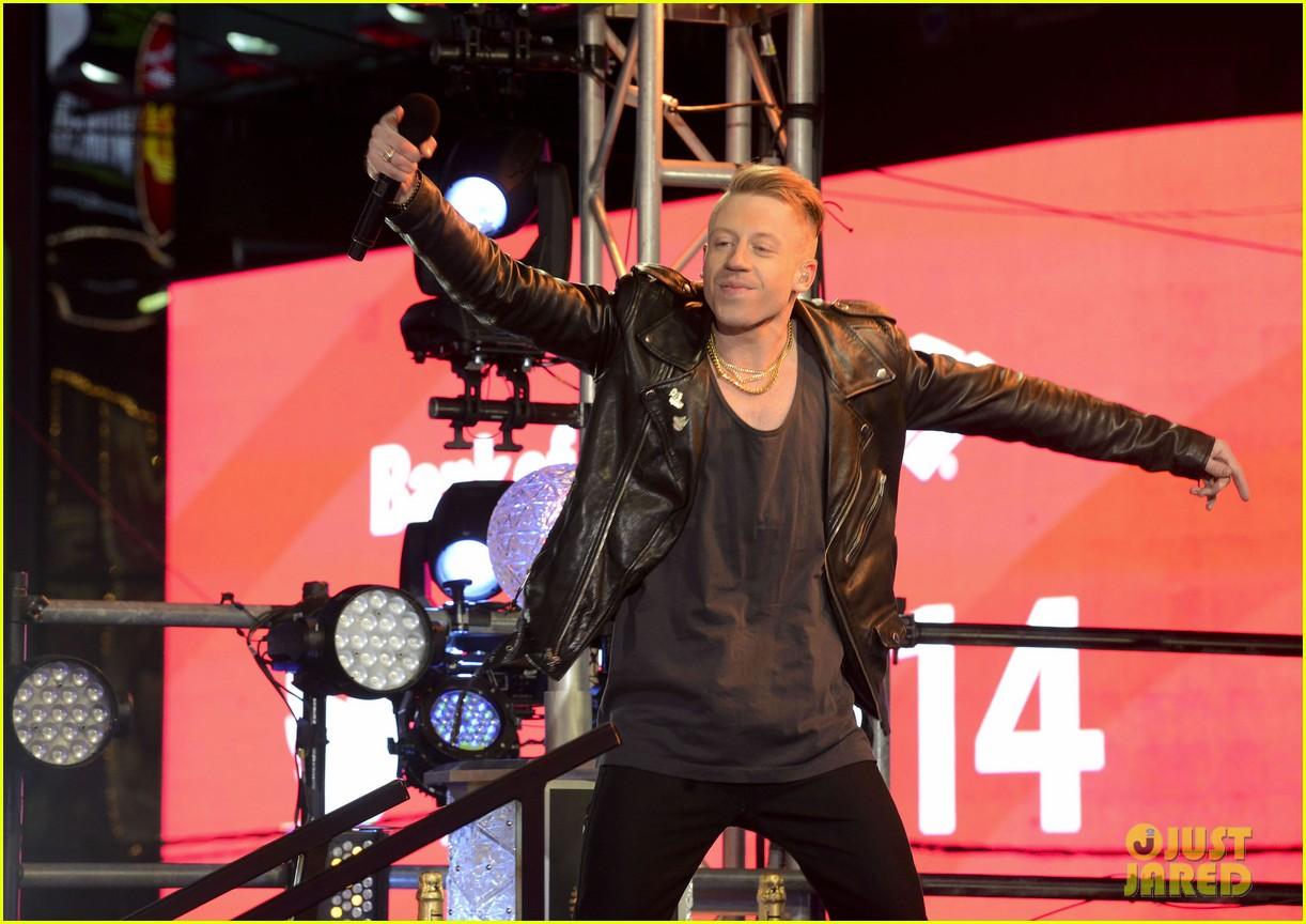 macklemore ryan lewis new years eve 2014 performance watch 053020936
