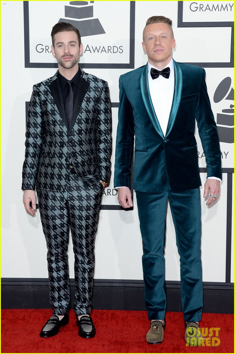 macklemore ryan lewis win best new artist at grammys 2014 01