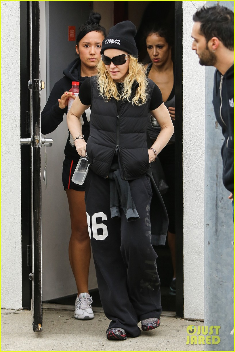 madonna will introduce pussy riot at brooklyn amnesty benefit 033044704