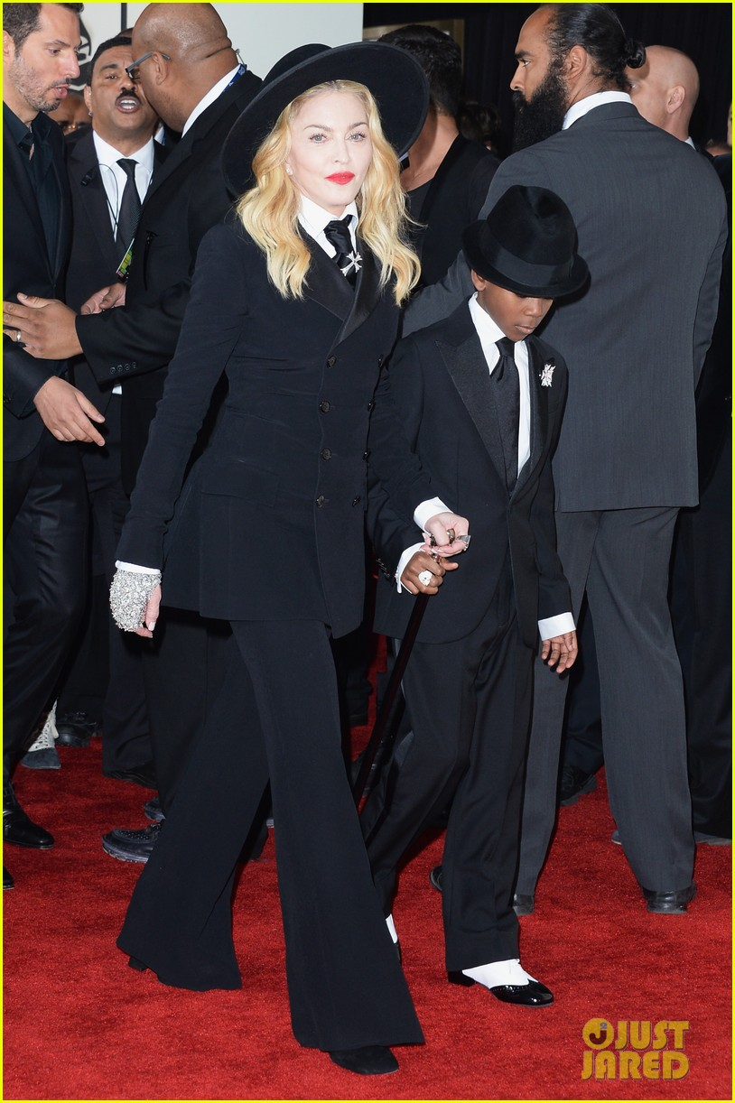 madonna grammys 2014 red carpet with son david 033041011