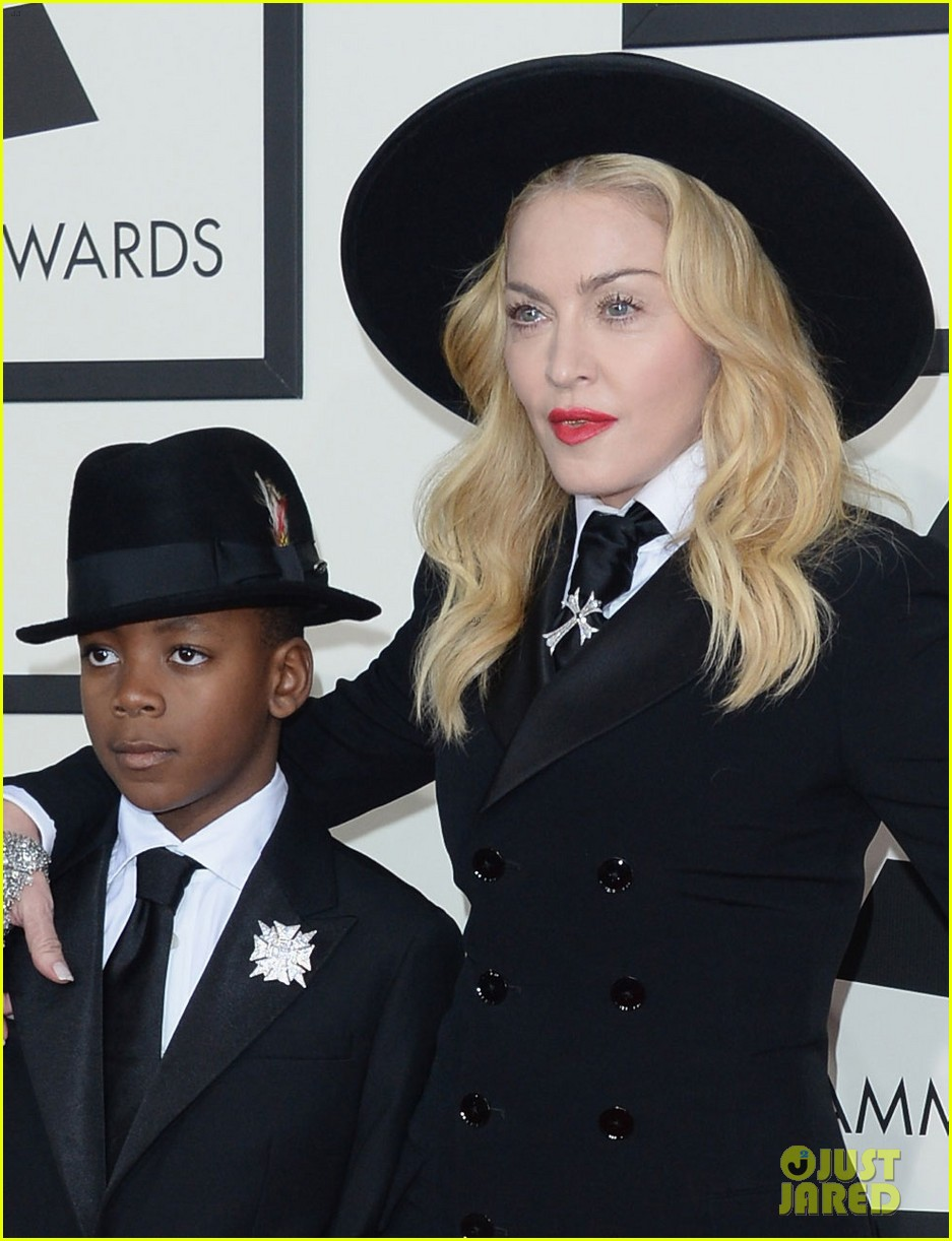 madonna grammys 2014 red carpet with son david 063041014