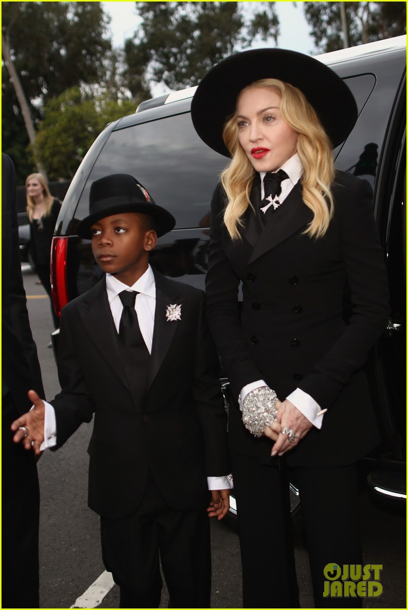 madonna grammys 2014 red carpet with son david 073041015