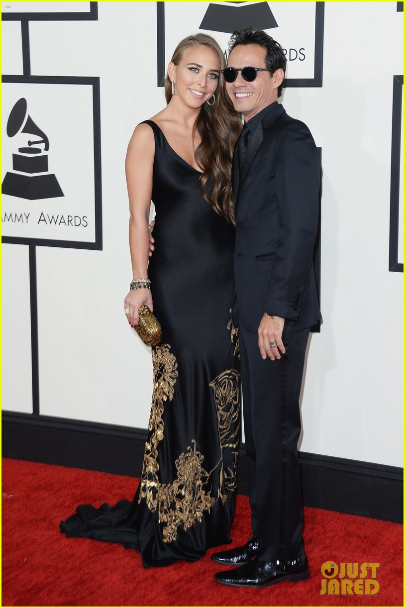 marc anthony chloe green grammys 2014 red carpet 053041279