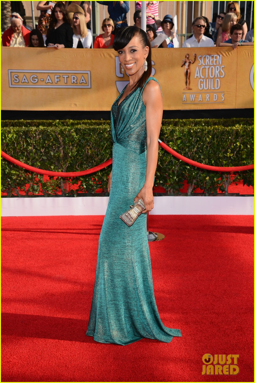 mario lopez nancy odell sag awards 2014 red carpet 063034549