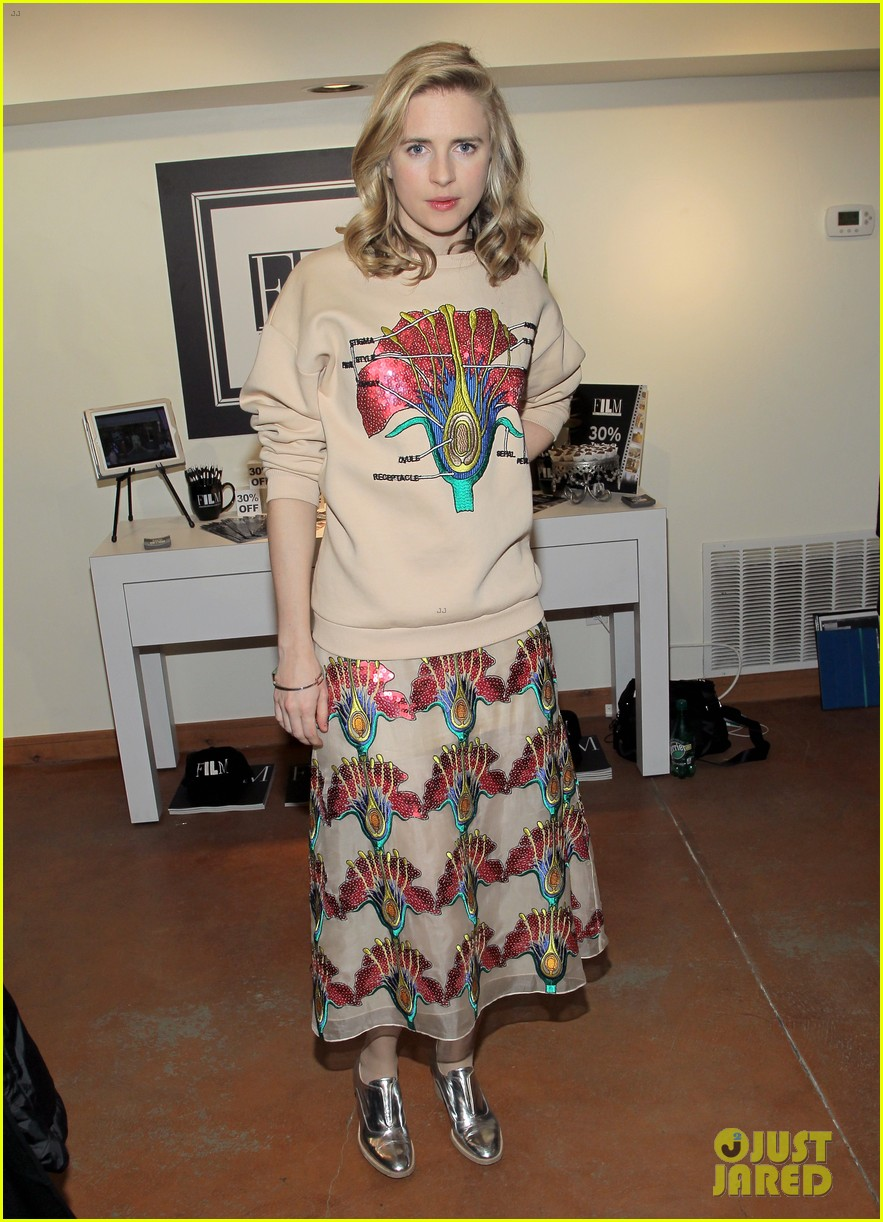 brit marling wears brain sweater to i origins sundance events 013035222