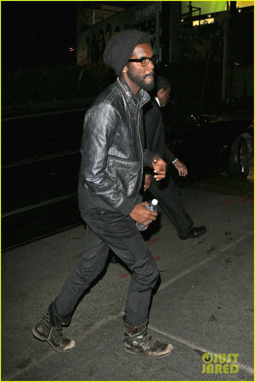 chris martin grammys 2014 after party with gary clark jr 103041969