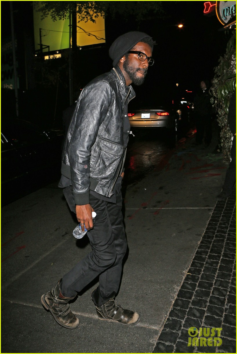 chris martin grammys 2014 after party with gary clark jr 113041970