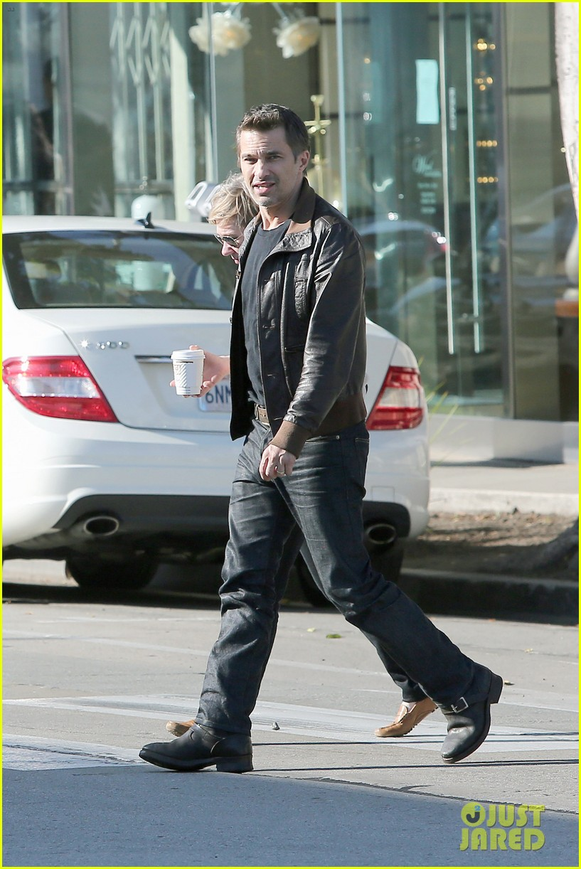 olivier martinez new years day with mother rosemarie 073021400