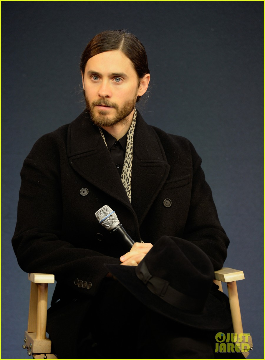 matthew mcconaughey jared leto are the sexiest geniuses at the apple store 023044397