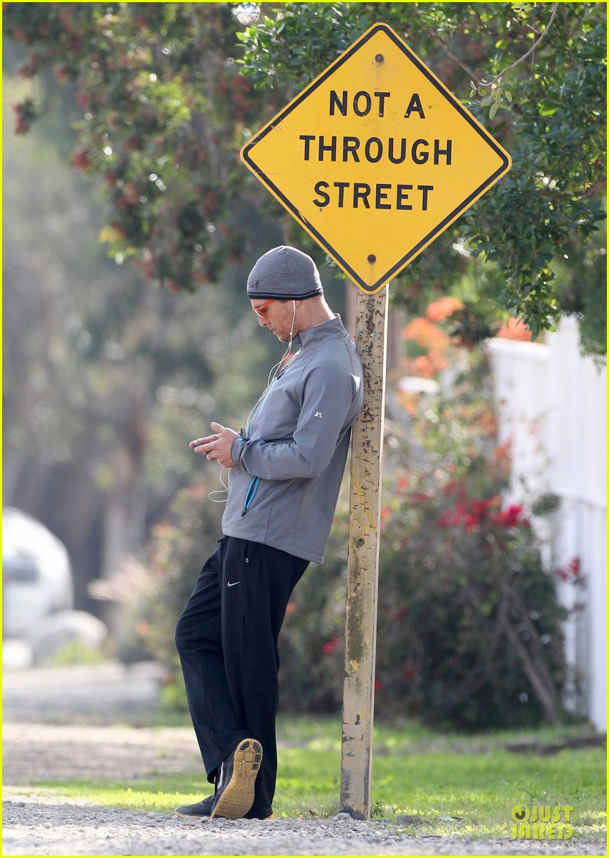 matthew mcconaughey jogs on vida 4th birthday 103022369