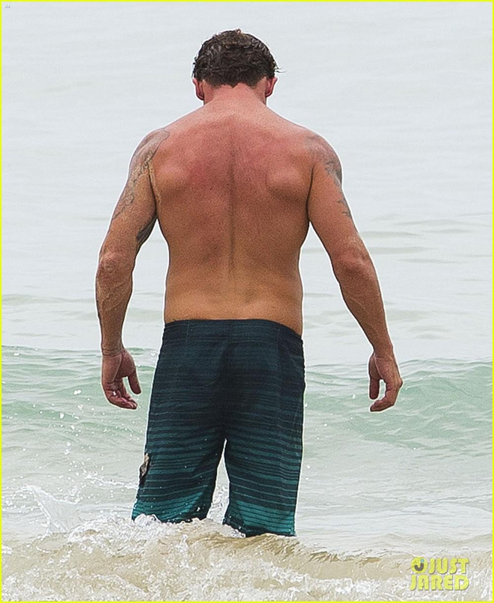 annalynne mccord bikini beach babe with shirtless dominic purcell 163021360
