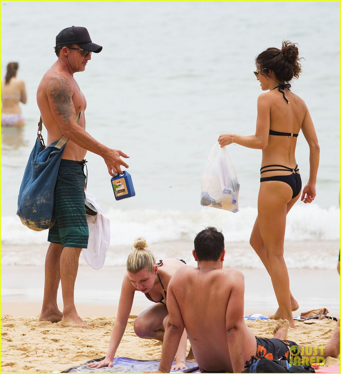 annalynne mccord bikini beach babe with shirtless dominic purcell 223021366