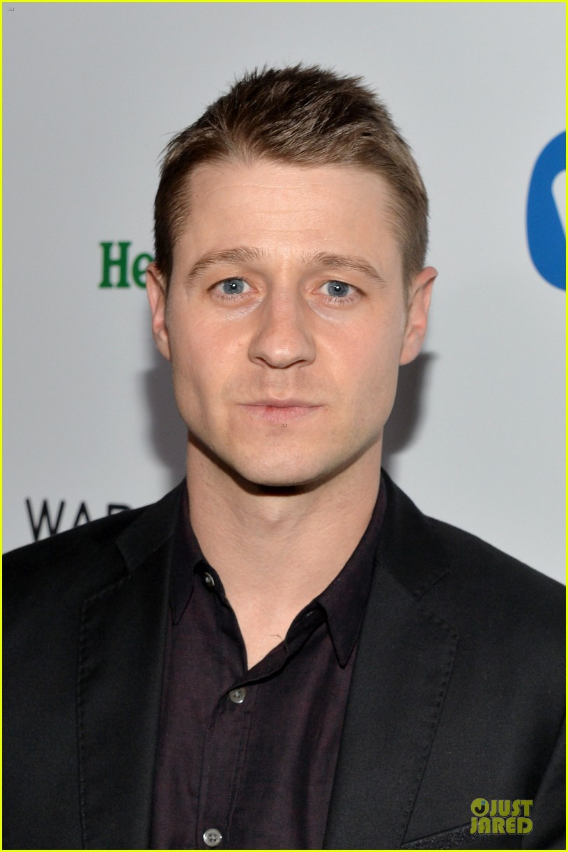 ben mckenzie miles teller warner music group grammys 2014 after party 043041758