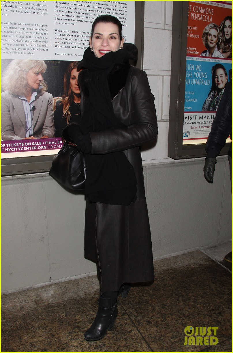 julianna margulies supports debra messings opening night 013039074