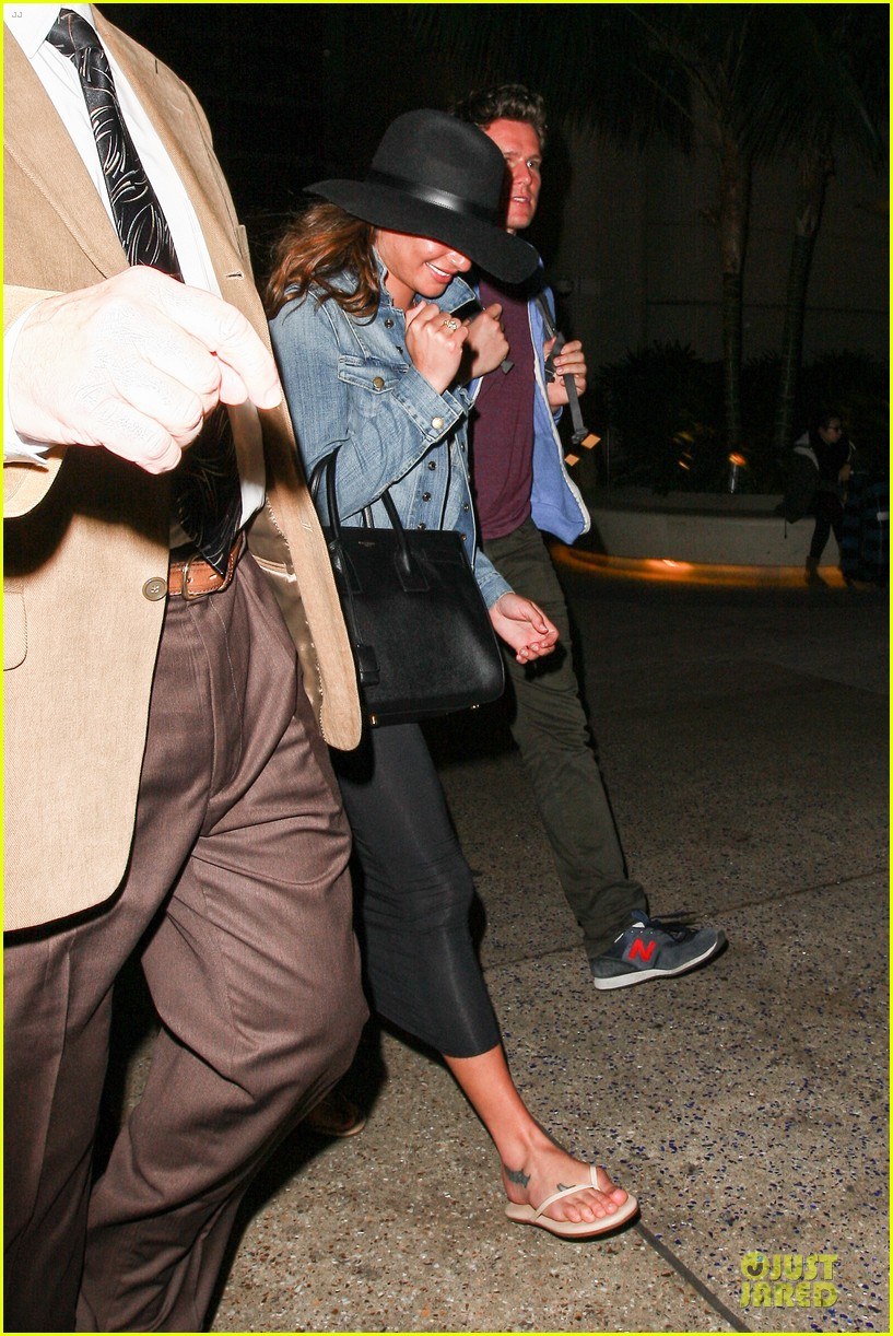lea michele lax arrival after bikini week in mexico 063022396