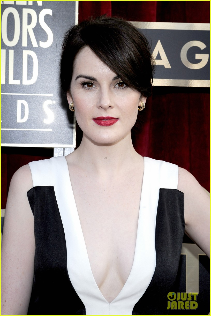 michelle dockery sag awards 2014 red carpet 043034611