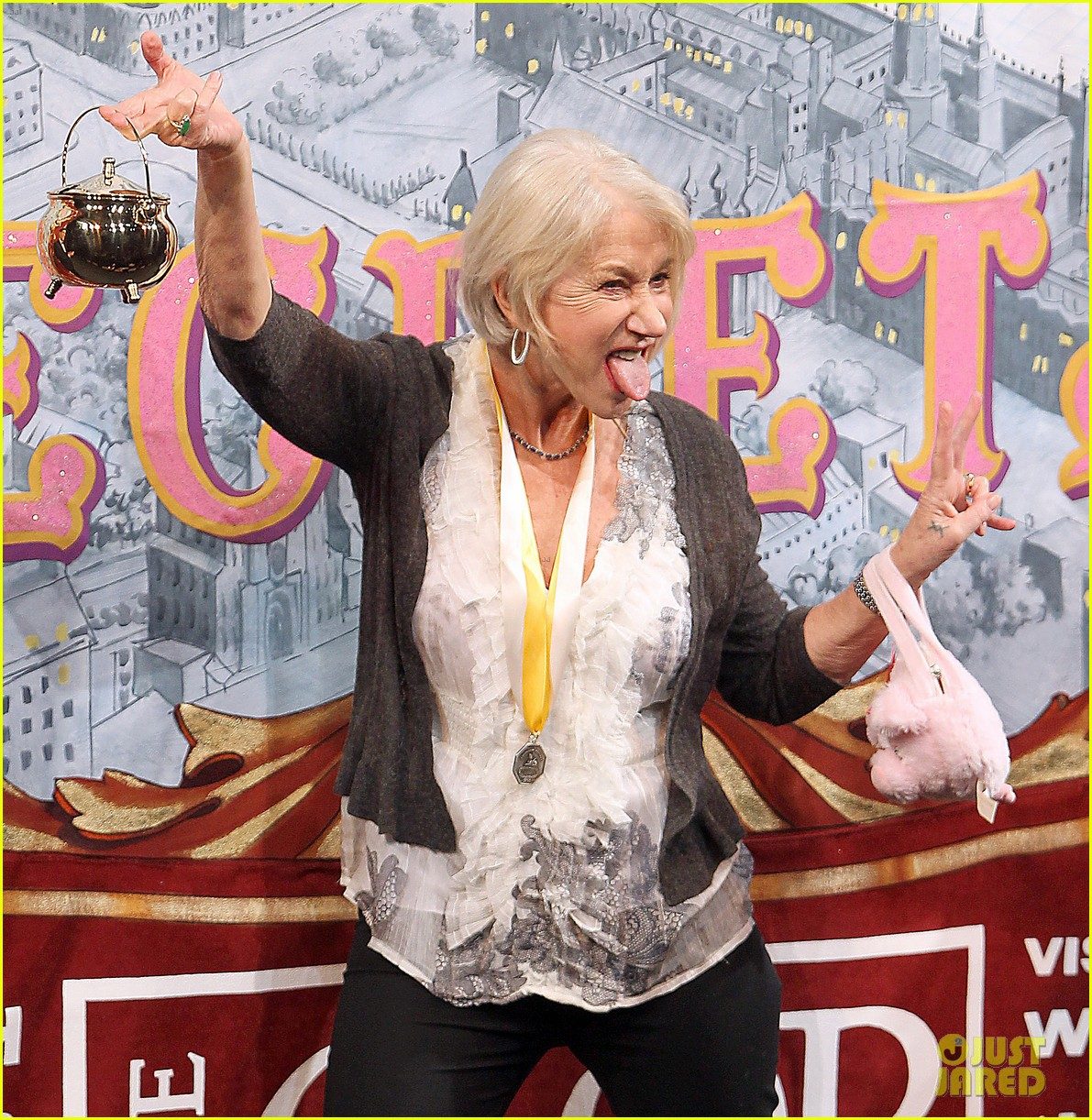helen mirren twerks hangs with drag queens continues to be one of hollywoods coolest ladies 253044486