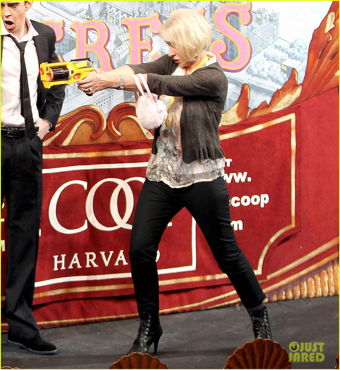 helen mirren twerks hangs with drag queens continues to be one of hollywoods coolest ladies 303044491