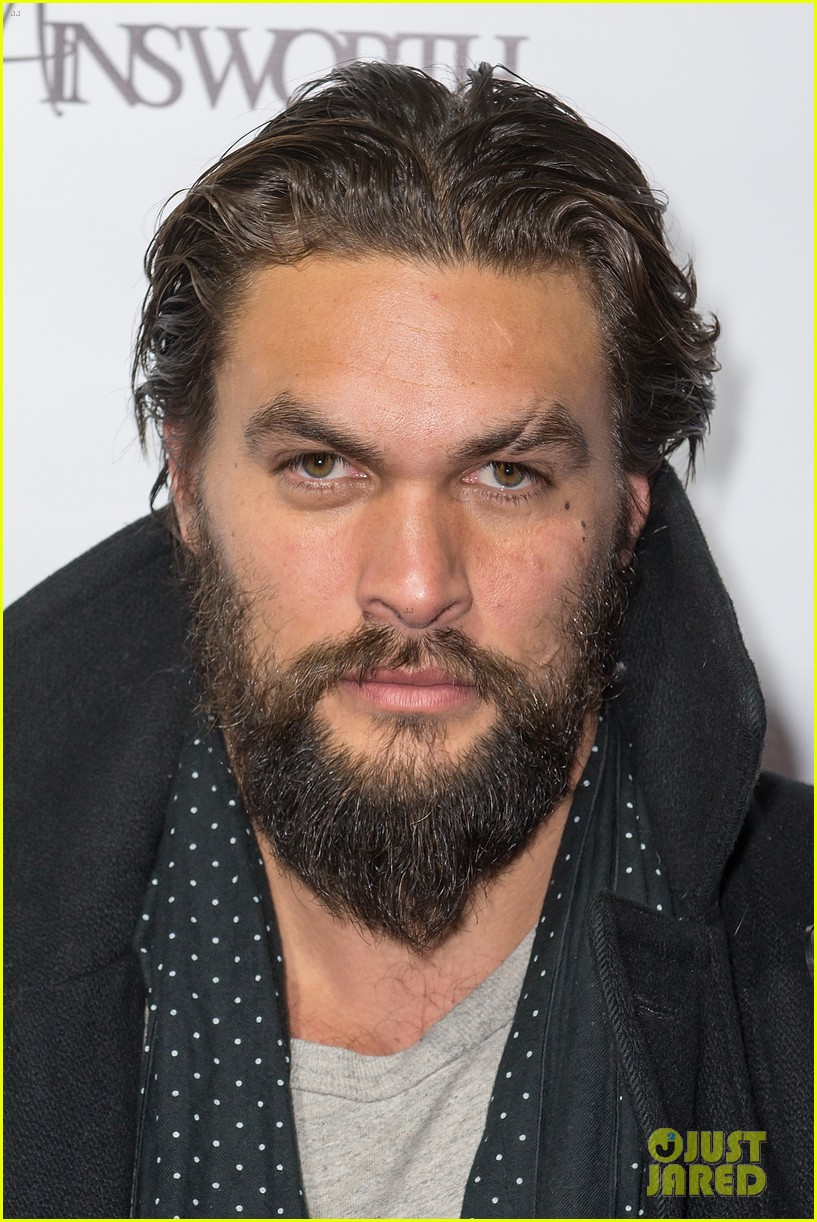 jason momoa geoff stults football fun at sundance 123036499