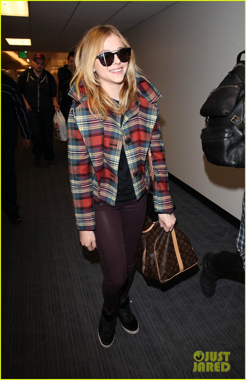 chloe moretz starring in new off broadway play the library 01