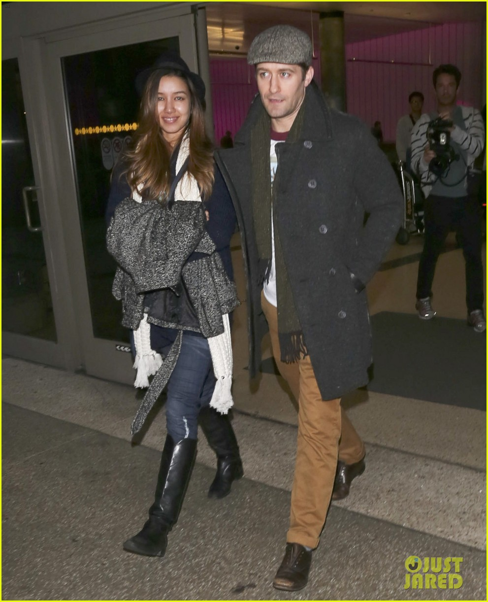 matthew morrison renee puente lax landing with jc chasez 14