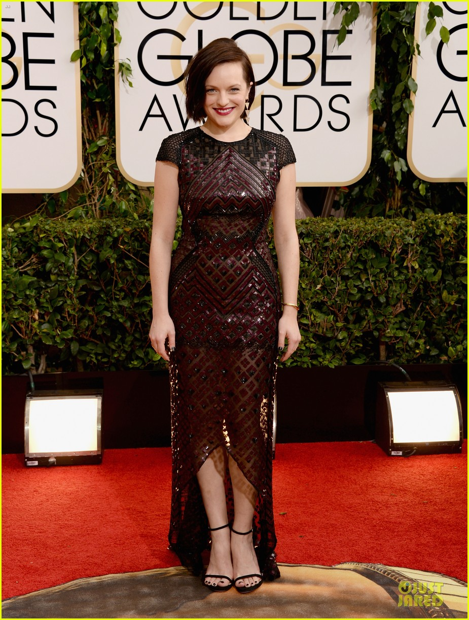 elisabeth moss golden globes 2014 red carpet 073029155