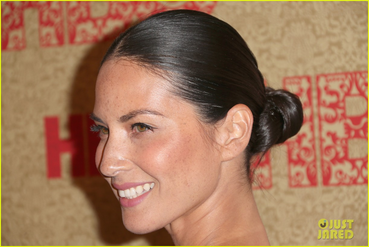 olivia munn hbo golden globes after party 2014 023030024