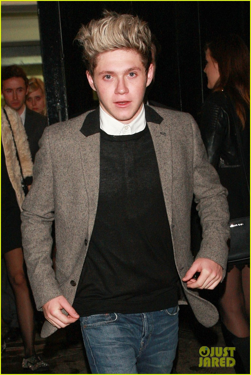 niall horan barbara palvin celebrate new years eve together 013021040
