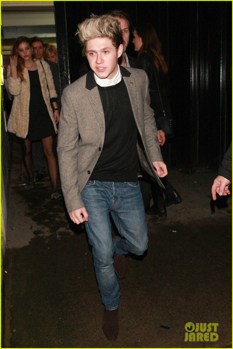 niall horan barbara palvin celebrate new years eve together 073021046