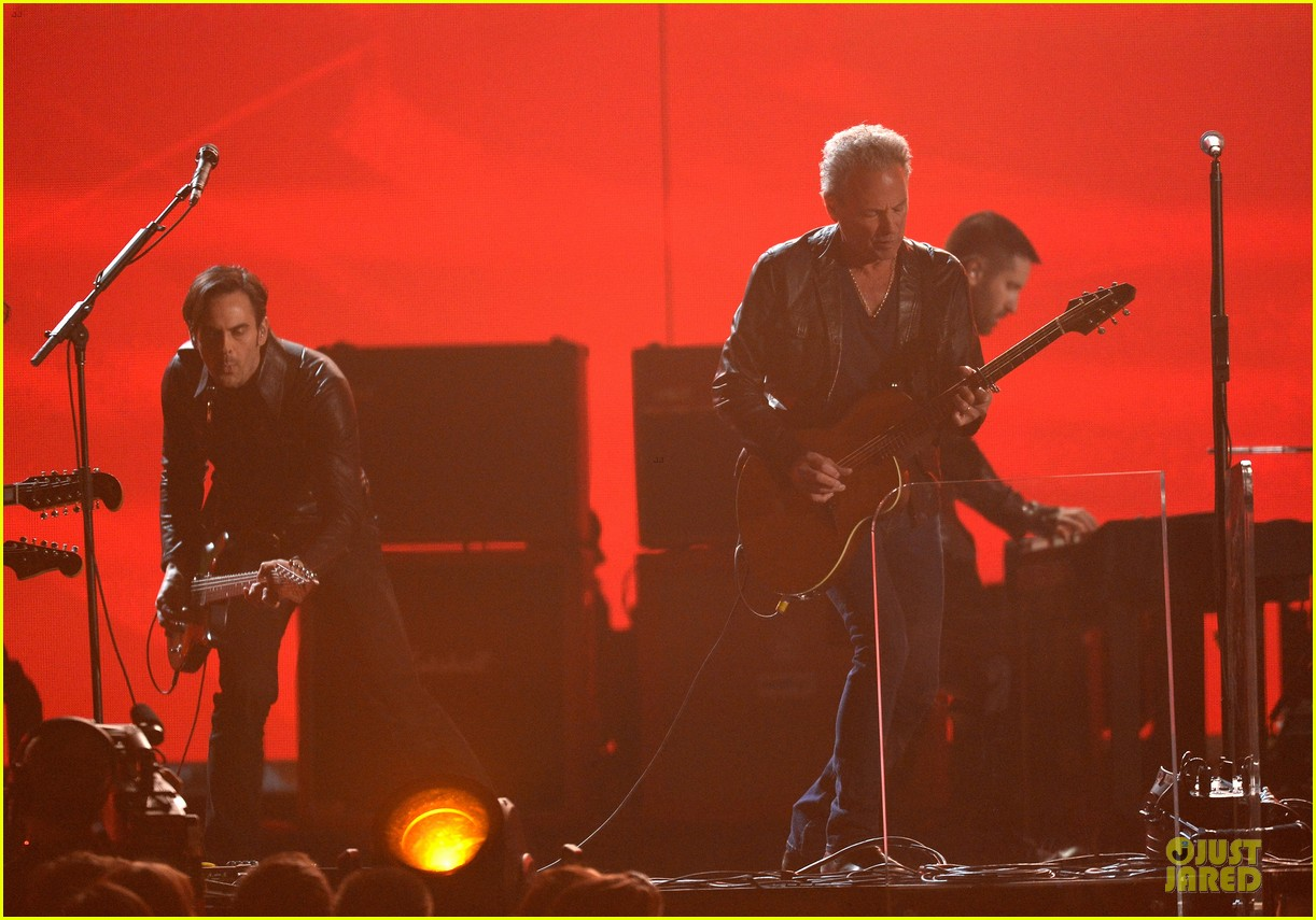 nine inch nails queens of stone age perform at grammys 2014 video 143041747