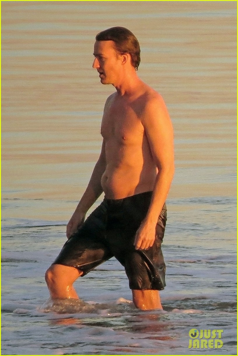 edward norton shirtless sunset ocean swim 043037218