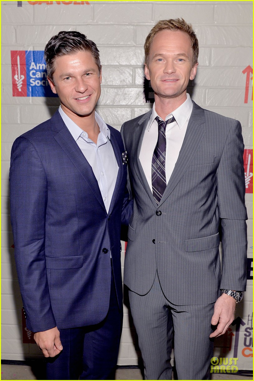 neil patrick harris justin bartha hollywood stand up to cancer event 023043357