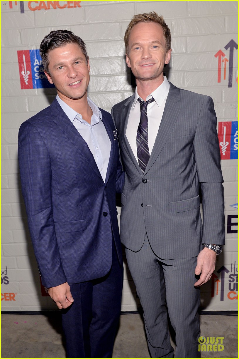 neil patrick harris justin bartha hollywood stand up to cancer event 11