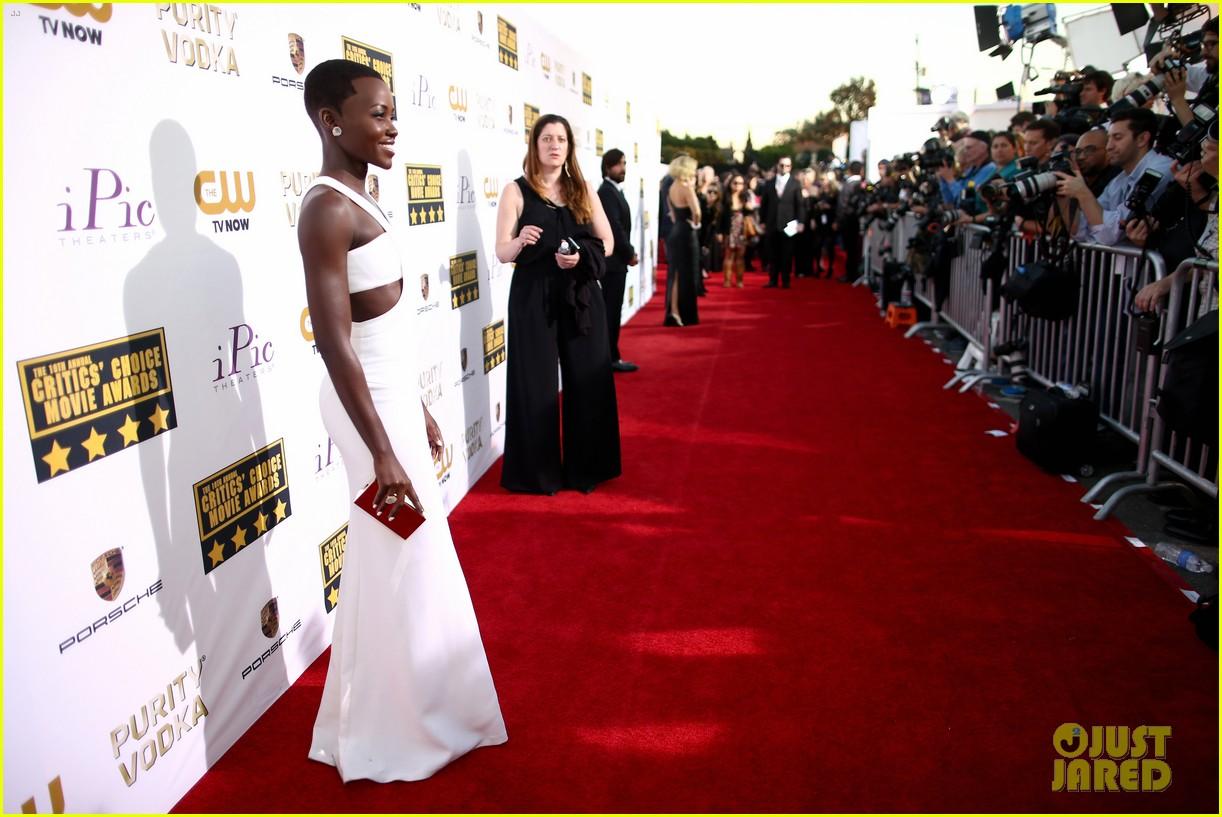 lupita nyongo critics choice movie awards 2014 red carpet 033033004