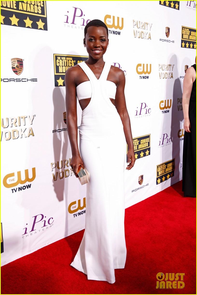 lupita nyongo critics choice movie awards 2014 red carpet 053033006