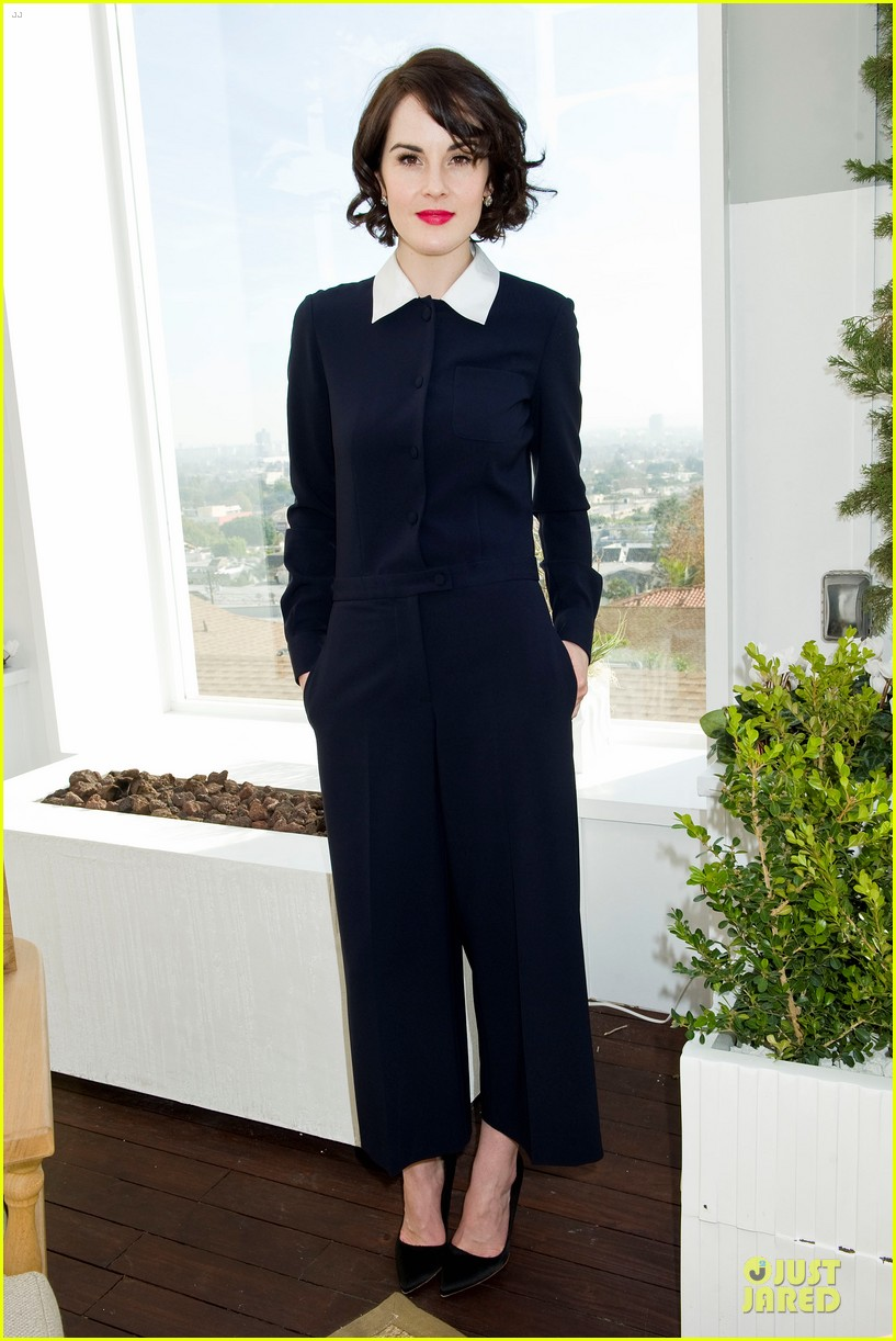 lupita nyongo dujour cover party with michelle dockery 07