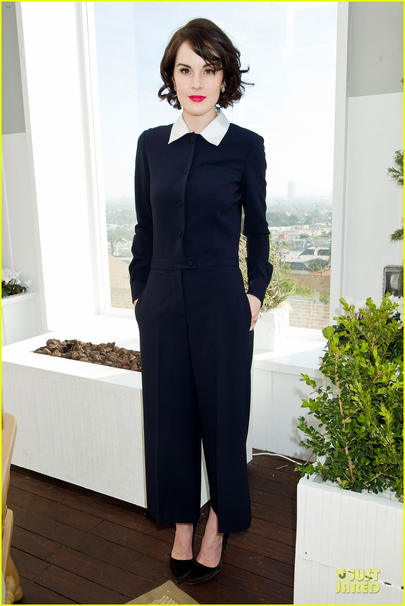 lupita nyongo dujour cover party with michelle dockery 083028194