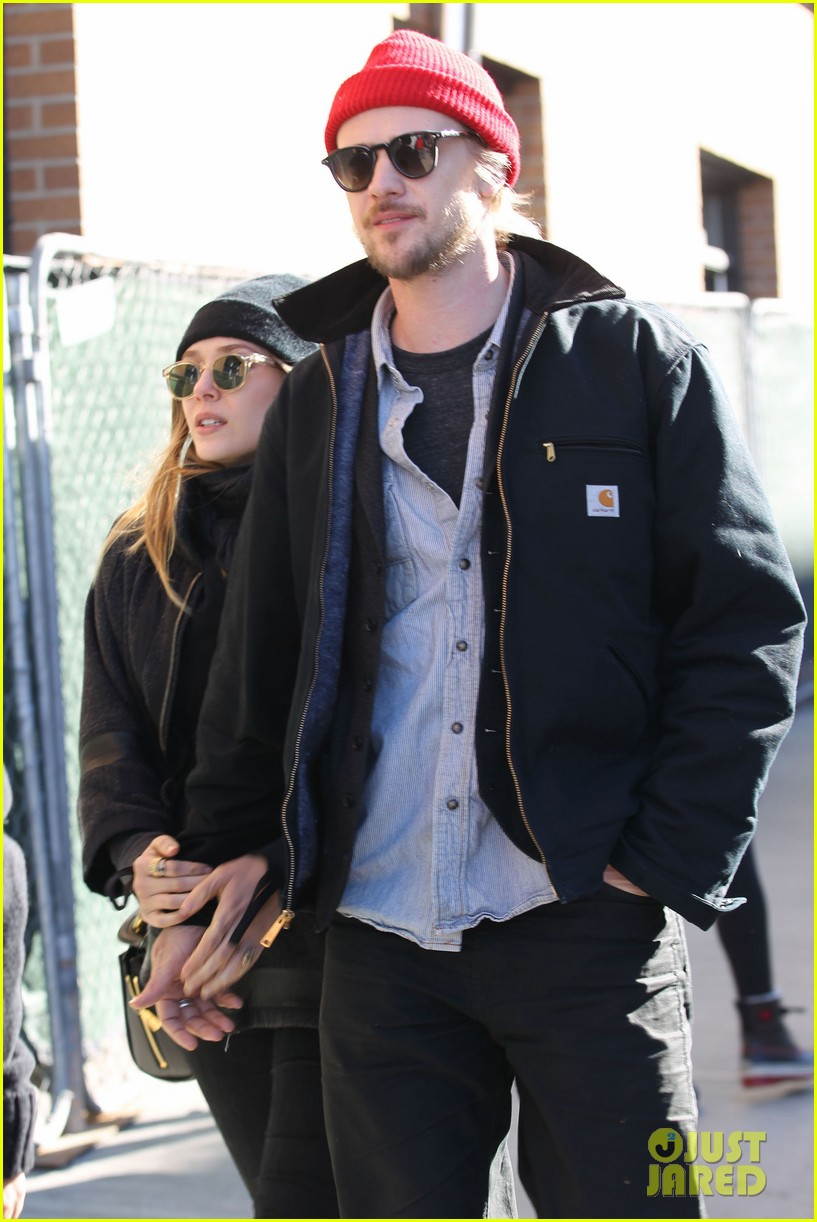 elizabeth olsen hangs with boyd holbrook at sundance 073036400