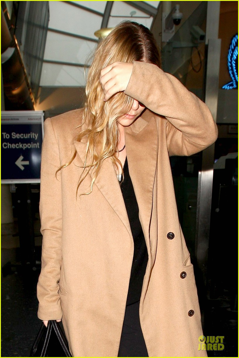 ashley olsen ends the week with lax touch down 043039582