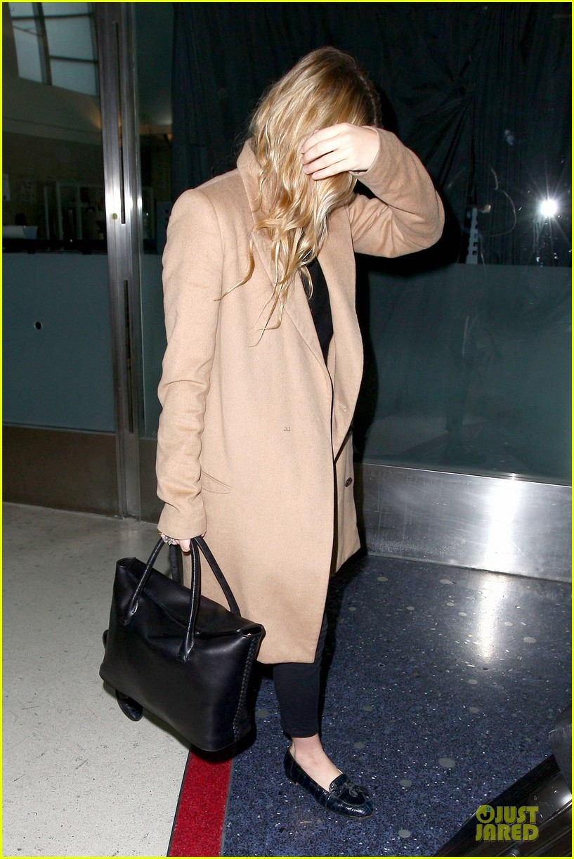 ashley olsen ends the week with lax touch down 083039586