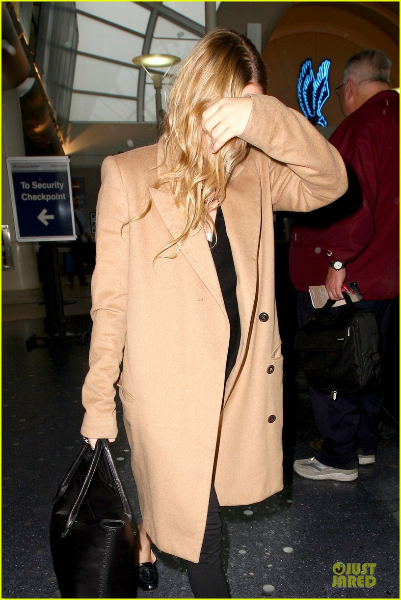 ashley olsen ends the week with lax touch down 093039587