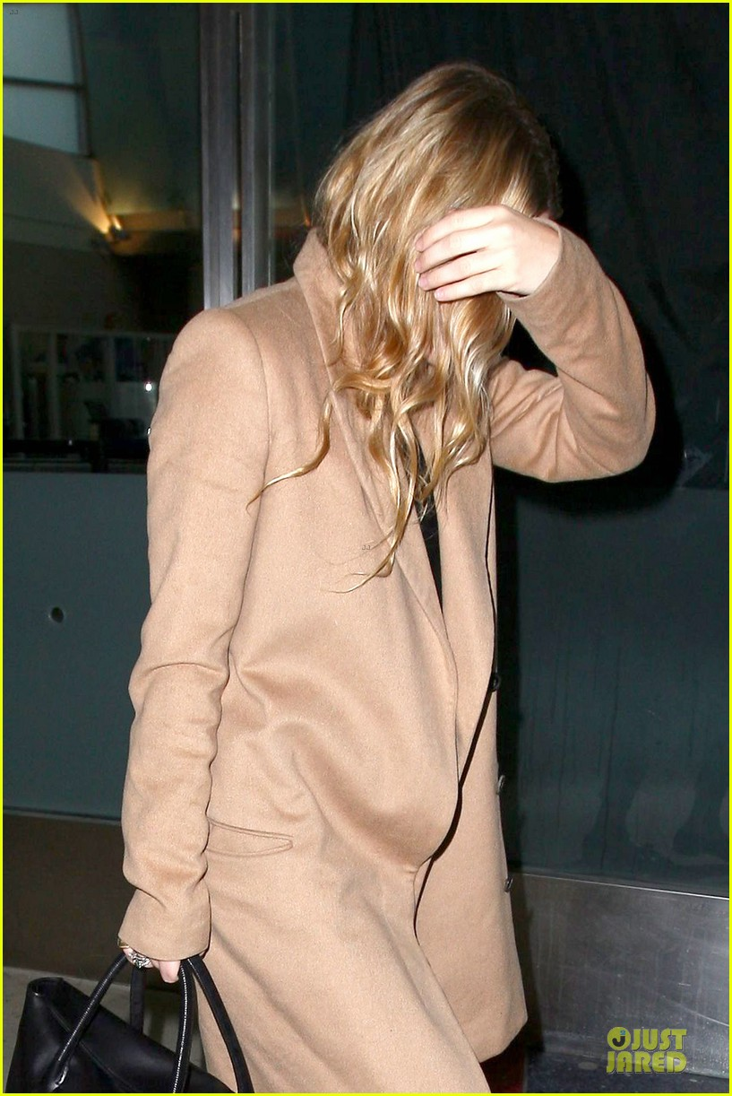 ashley olsen ends the week with lax touch down 123039590