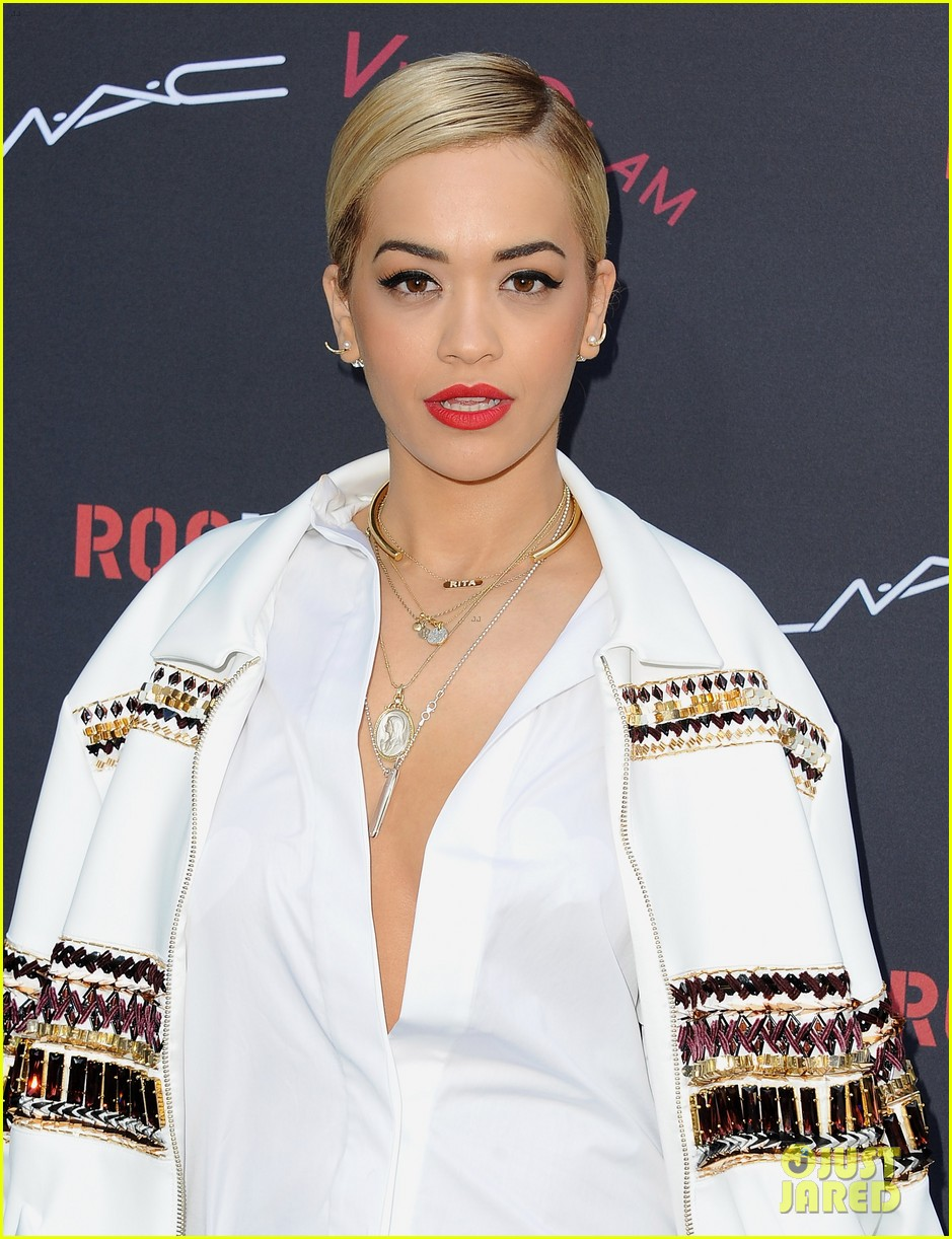 rita ora calvin harris red carpet couple debut 153040390