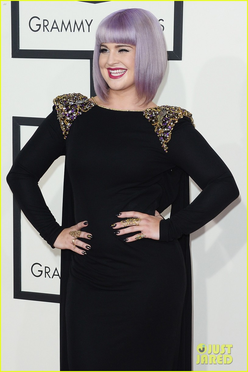 kelly osbourne grammys 2014 red carpet 15