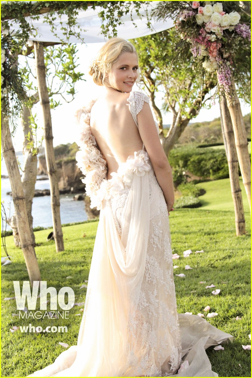 teresa palmer wedding photos see her beautiful dress 023025970